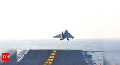 Tejas successfully takes off from aircraft carrier