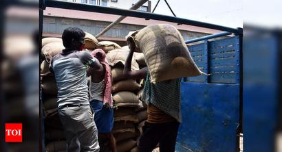 Centre says up to 75 crore beneficiaries got free grains under PMGKAY in April-June