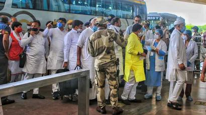 Team of 88 Jaipur cops sent to Jaisalmer hotel to guard Congress MLAs loyal to ...