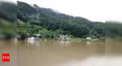 South Korea floods, landslides kill 21 as heavy rains continue