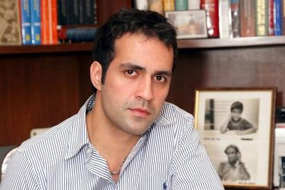 Aatish Taseer stands to lose OCI status; MHA claims no link with TIME article criticising Modi, says writer hid father's Pakistani origins