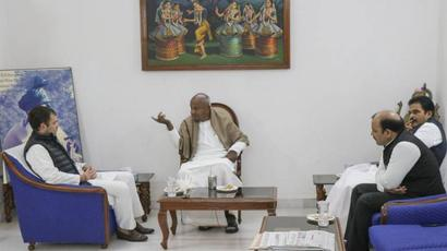 No question of supporting Yediyurappa govt: Deve Gowda