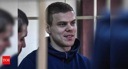 Ex-convict Kokorin completes Spartak Moscow switch