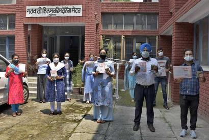 Ludhiana: SSA non-teaching employees call for regularisation of services