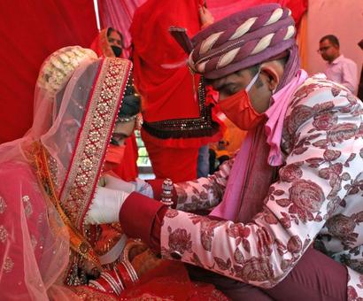 Groom dies 2 days after wedding, 100 test COVID-19 positive