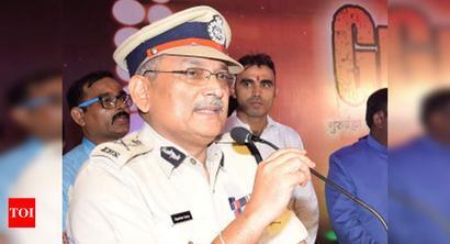 Bihar DGP blames cops for liquor smuggling
