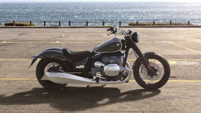 BMW unveils R18 cruiser; dealerships accepting bookings for Rs 1 lakh