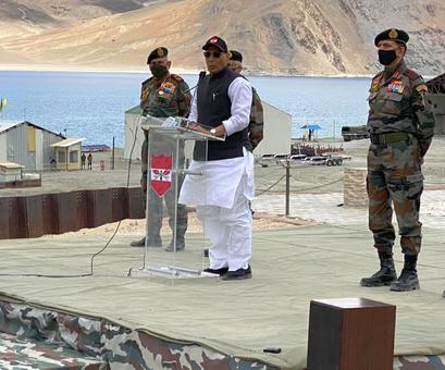 No power can touch even an inch of India's land: Rajnath in Ladakh