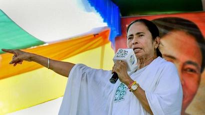 Mamata Banerjee announces Rs 50,000 for each Durga Puja committee in West Bengal