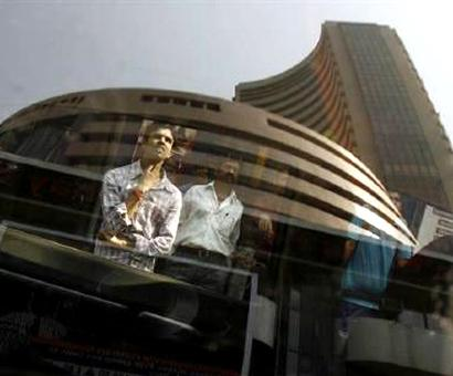 Bank stocks takes a beating, drag Sensex down amid Covid-19 fears