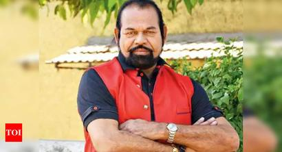Seeking nod for statue, MLA threatens to quit