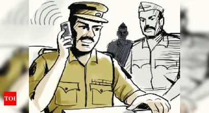 Hry: 2 surrender in dacoity, snatching case