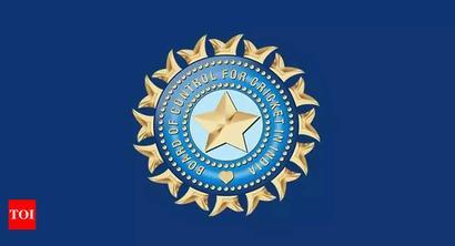 IPL in UAE: BCCI claims 'in principle' govt nod; teams begin quarantining players