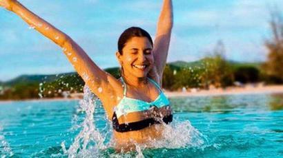 Anushka Sharma poses on the beach in new photoshoot, leaves Virat Kohli at a loss...