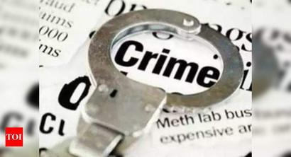 Honeytrap: Mumbai doctor duped of Rs 2L