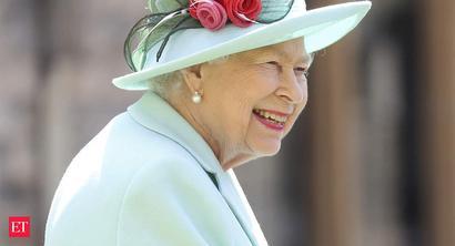 Kolkata consular official briefs Queen Elizabeth II on Covid-19 repatriation