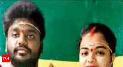 girl's father chops off daughter hand: Girl's father chops off her hand in Hyderabad for inter-caste marriage | Hyderabad News - Times of India