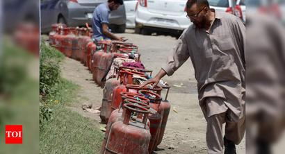 Order for increasing LPG stock in Kashmir Valley issued in view of monsoon: Official