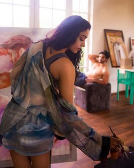 Khushali Kumar presents her next `Ishq Khuda Hai`