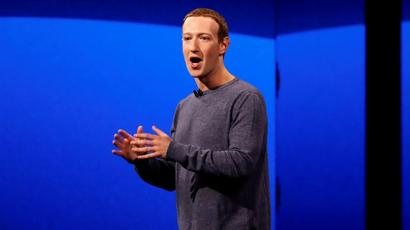 Treat Us Like Something Between a Telco and a Newspaper, Says Zuckerberg