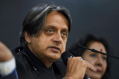 Congress on Ventilator, Shashi Tharoor Urges Top Brass to Hold Leadership Elections to Energise Cadre