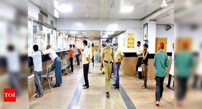 Delhi: Railway ticket counters open again