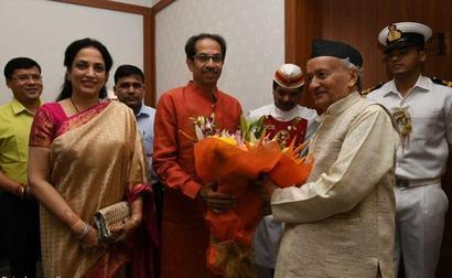 Uddhav Thackeray, His Wife Rashmi Meet Maharashtra Governor