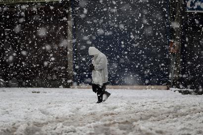 Srinagar Witnesses Coldest Night of Season, Shivers at Minus 6.2 Degree Celsius