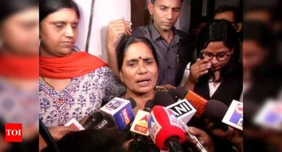 Women will feel safer now: Nirbhaya's mother