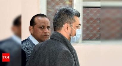 Bookie Chawla back from UK in 1st big extradition under 27-yr-old treaty