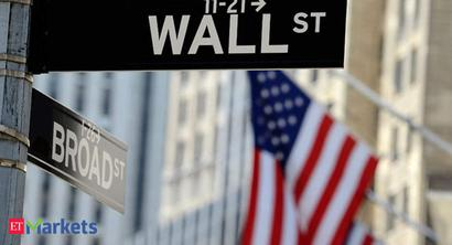S&P 500, Dow little changed amid coronavirus worries; Nvidia forecast buoys Nasdaq