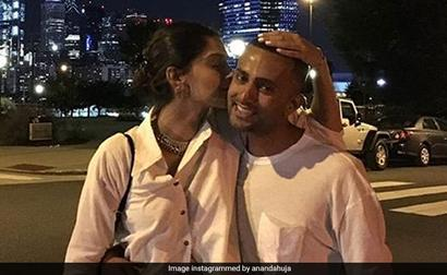 Anand Ahuja Proposed To Sonam Kapoor On This Trip 3 Years Ago