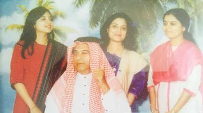 Alka Yagnik shares rare throwback pic with Kishore Kumar dressed as an Arab, Sonu...
