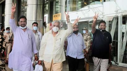 Ashok Gehlot loyalists return to Jaipur hotel ahead of Rajasthan trust vote