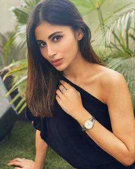 Mouni Roy`s latest post reveals this interesting fact about her!