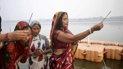 No Chhath puja at two main water bodies in Kolkata, rule Supreme Court, Calcutta...