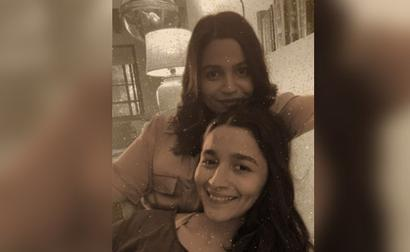 Alia Bhatt And Sister Shaheen Are Taylor Swift Fans