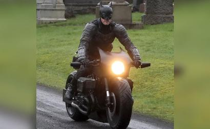 Leaked Images Show The Next Batpod From The Upcoming Batman Movie