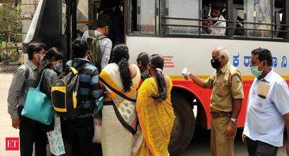 Thousands leave Bengaluru ahead of lockdown, heightening risk of Covid surge in villages