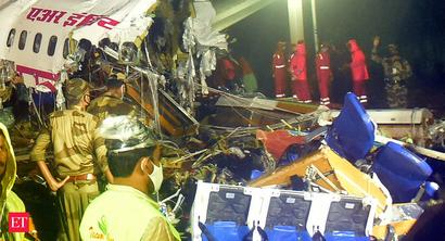 Kozhikode crash: Airlines staff gather at Delhi airport to pay respect to deceased co-pilot