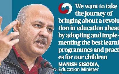 Sisodia shares Delhi education model with Maharashtra Minister