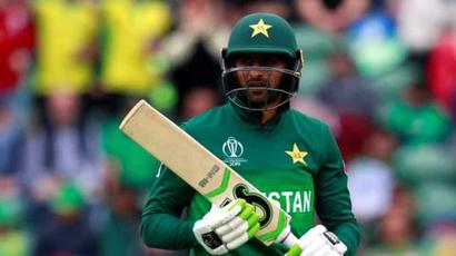Shoaib Malik to leave for England on Aug 15 if he clears two Covid-19 tests