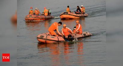 Bihar: One dead, 3 missing as boat capsizes in Ganga