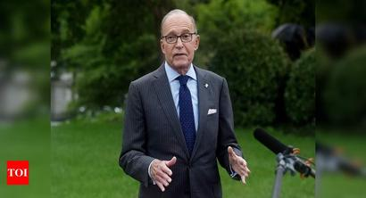 White House's economic adviser: 'We can live' without coronavirus relief deal
