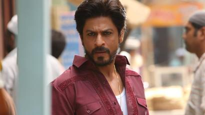 Shah Rukh Khan takes a dig at himself in hilarious video as Raees completes three...