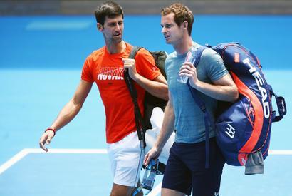 Djokovic-Murray lockdown 'knockabout' has fans in awe