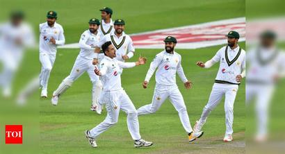 1st Test: Shan, Abbas put Pakistan on top against England