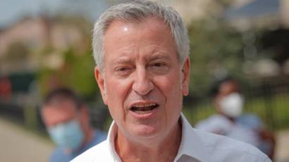 New York mayor furloughs himself, staff for week to ease pandemic budget gap