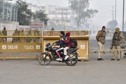 Entry, Exit Gates of 14 Delhi Metro Stations Closed as Protesters Move Towards Jantar Mantar