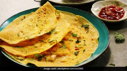 5 Unique Cheela Recipes To Add Fun And Flavours To Your Breakfast